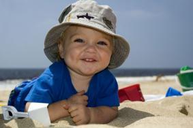 9 pravila za siguran boravak na suncu